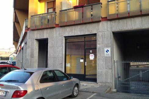 via S. Vincenzo, 5, Moncalieri