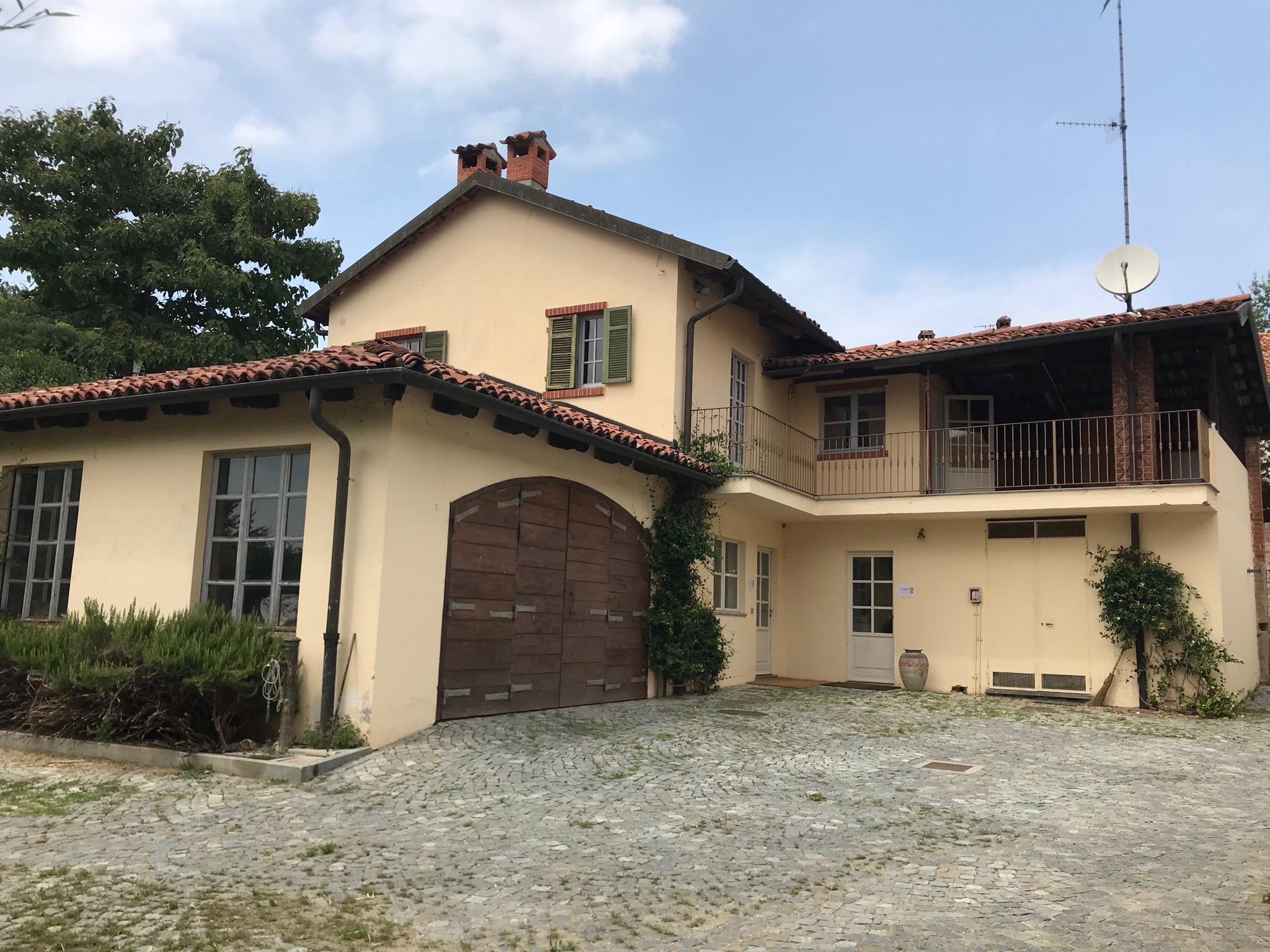 """Villetta all'interno del parco di """"Castel Maiolo"""""""